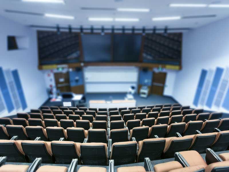 Juristyrket lockar fler studenter